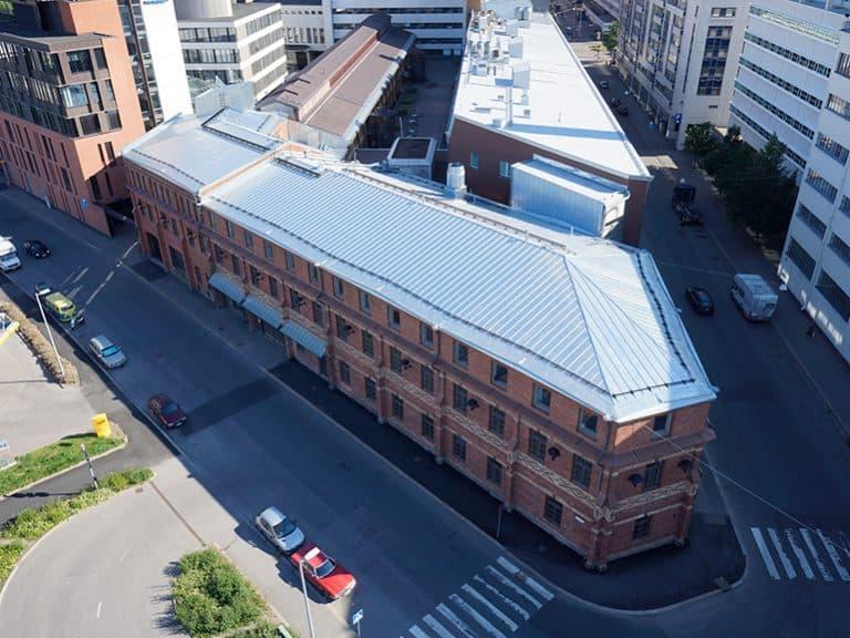 Satamaradankatu, Vallila, Helsinki vesikattokorjaus